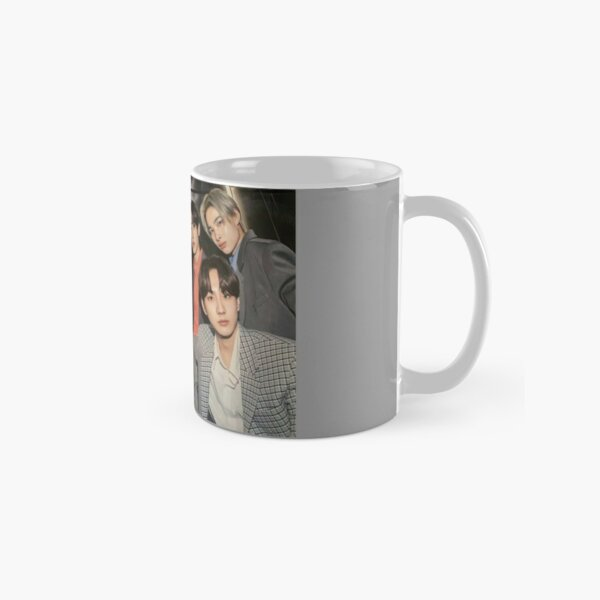 ENHYPEN Group Photo - 4 Classic Mug RB3107 product Offical Enhypen Merch