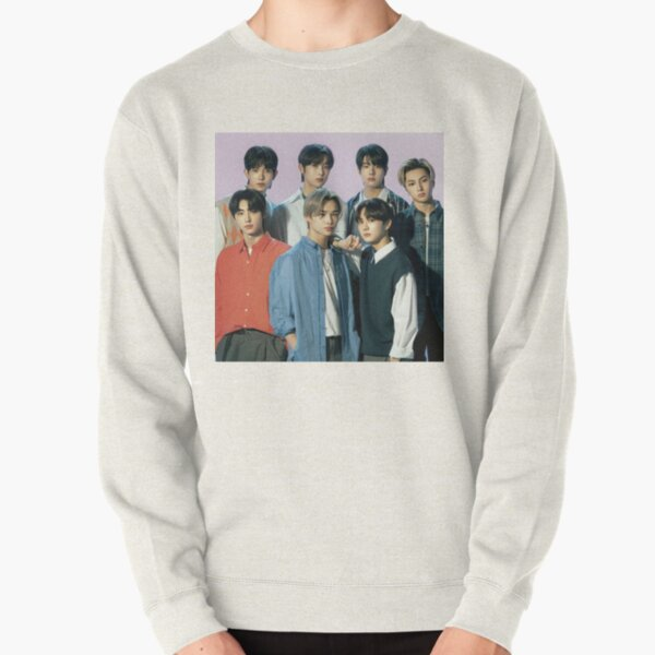 2021 ENHYPEN Group Photo - Purple Background Pullover Sweatshirt RB3107 product Offical Enhypen Merch