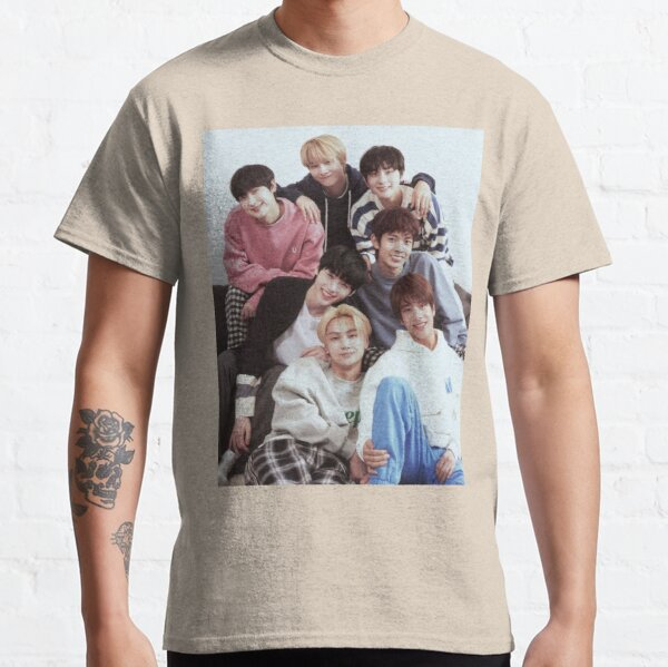 ENHYPEN Group Photo Classic T-Shirt RB3107 product Offical Enhypen Merch