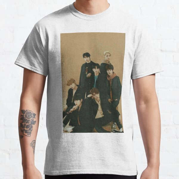 ENHYPEN Group Photo Aesthetic Classic T-Shirt RB3107 product Offical Enhypen Merch