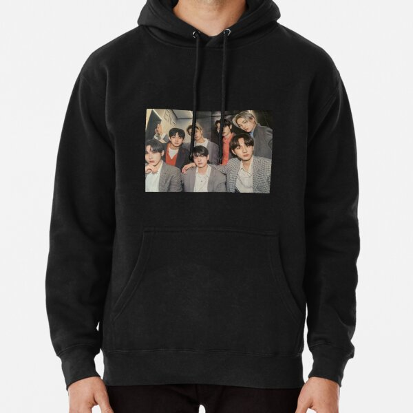 ENHYPEN Group Photo - 4 Pullover Hoodie RB3107 product Offical Enhypen Merch