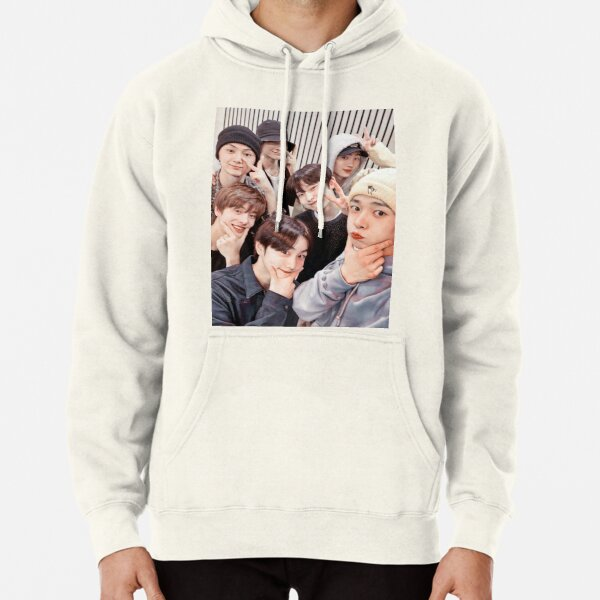 ENHYPEN Group Photo - 6 Pullover Hoodie RB3107 product Offical Enhypen Merch