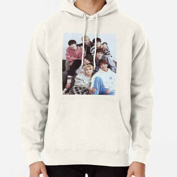 ENHYPEN Group Photo Pullover Hoodie RB3107 product Offical Enhypen Merch